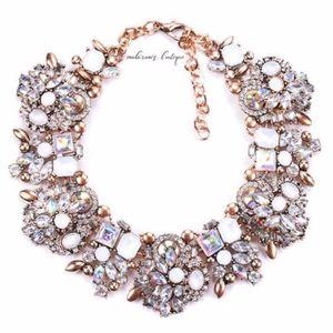 Stunning Necklace / Choker